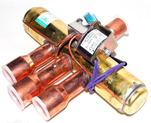 产品说明    四通阀是制冷设备中不可缺少的部件,其工作原理是,当图片